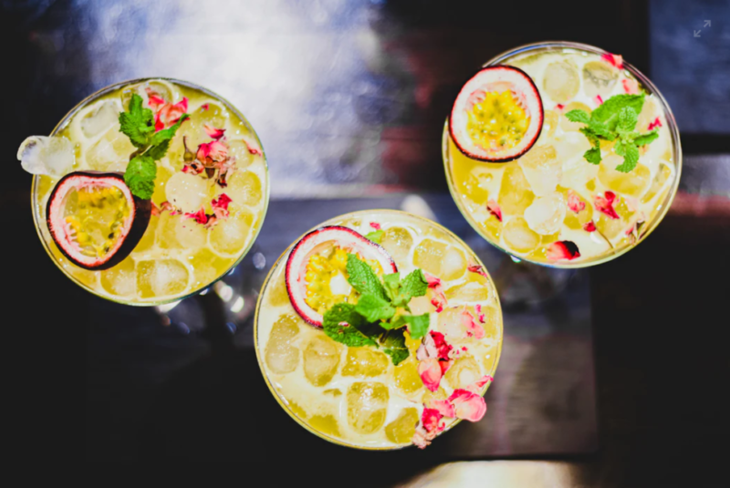 cocktails in gulf shores and orange beach, alabama